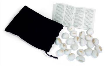 Bild på White Onyx Runes