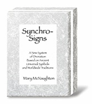 Bild på Synchro-Signs : A New System of Divination Based on Ancient Universal Symbols and Worldwide Traditions