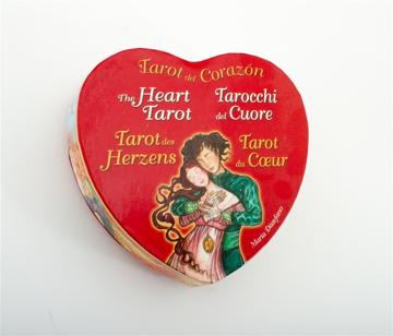 Bild på The Hearth Tarot (heart shaped tarot)