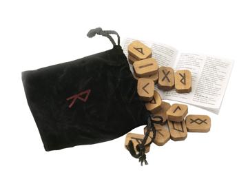 Bild på Wooden Runes